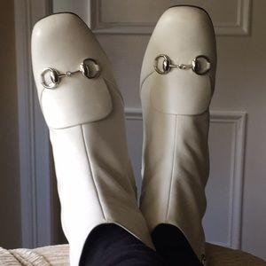 Gucci White Lillian Horsebit Ankle Boots Size 39/9